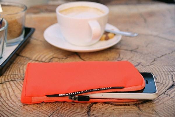 Q36.5 Smart Protector Plus Handyhülle orange - orange